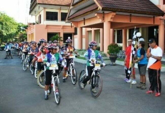 Srikandi Bersepeda Lintas Bali-NTB