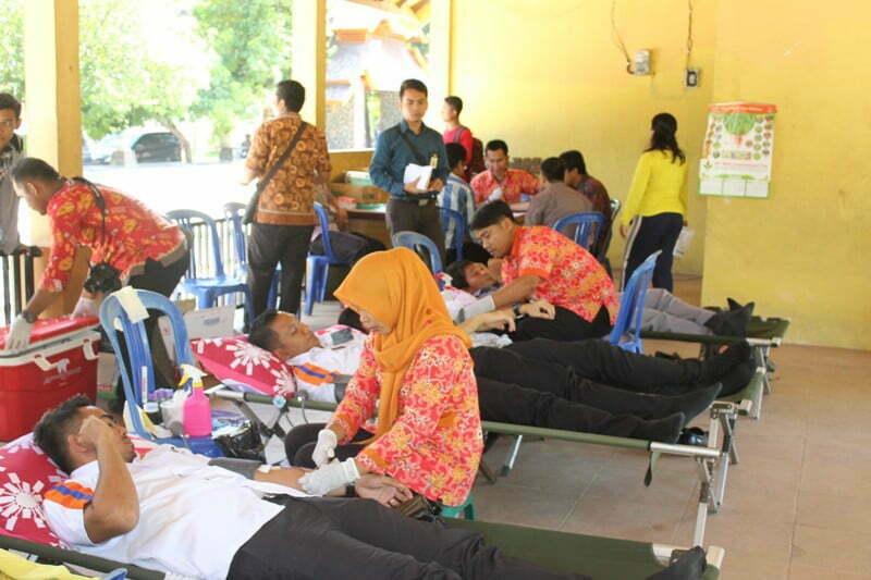 Donor Darah Hari Kartini 2016 1