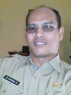 DR Ikhsan Safitri Kepala Dinas Sosial Kabupaten Sumbawa