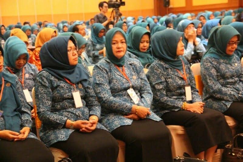 Ketua Tim Penggerak PKK Kabupaten Sumbawa Hj. Amin Rahmani Husni Djibril menghadiri Pembukaan Jambore Kader PKK Tingkat Provinsi NTB yang diselenggarakan di Hotel Lombok Raya, Senin (22/08)