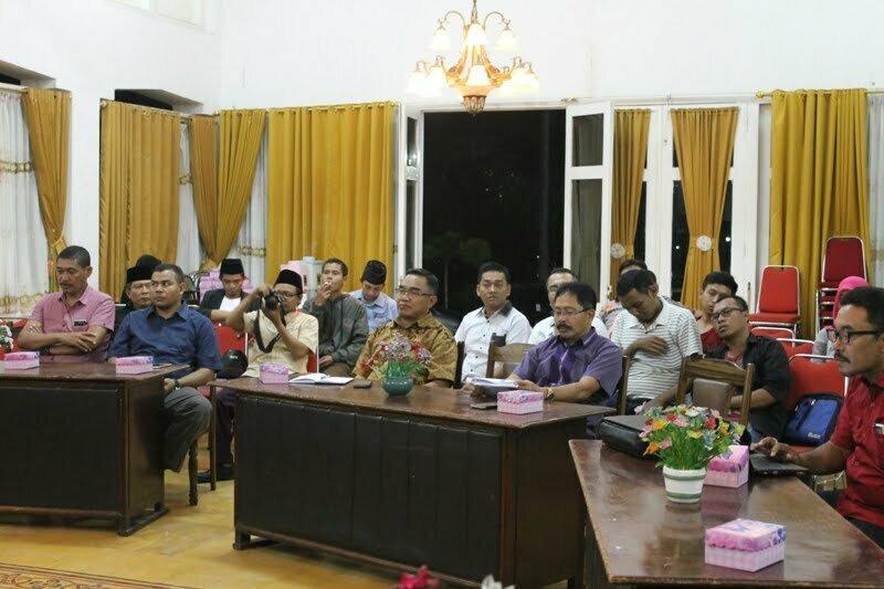 diskusi-publik-sahabat-centre