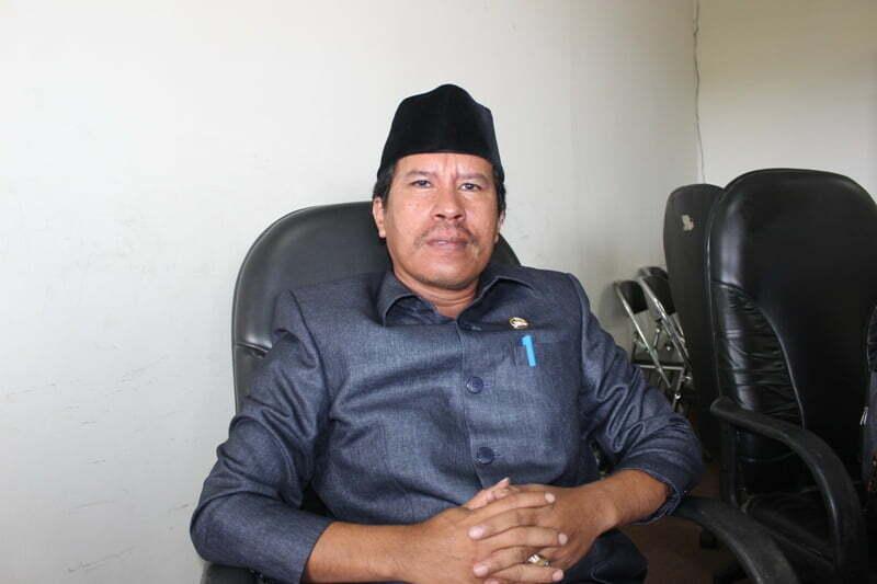 wakil-ketua-komisi-iv-dprd-sumbawa-khaeruddin-se