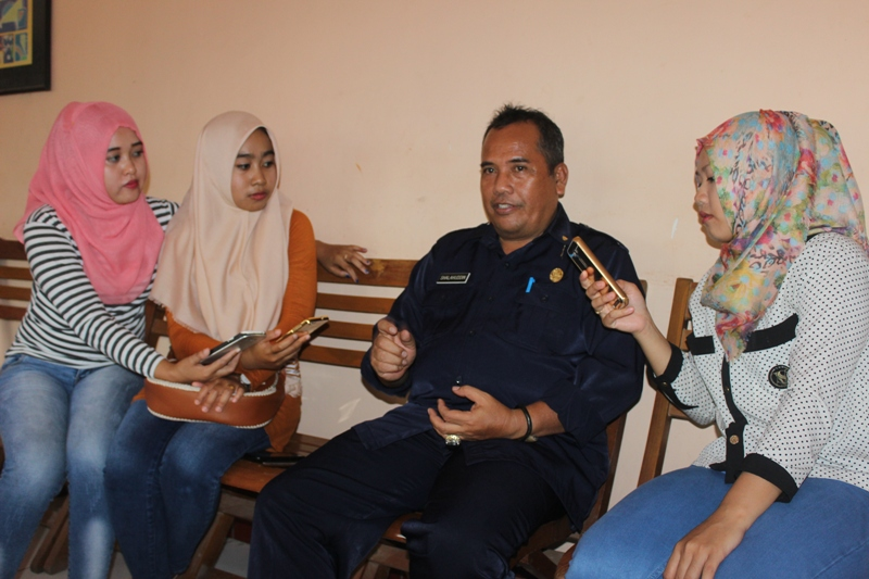 Kasi Kurikulum dan Kesiswaan Bidang Pendidikan Menengah Dinas Diknas Kabupaten Sumbawa Shalahuddin MA SH