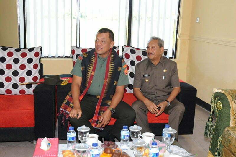 Kunker Pangliam TNI ke Sumbawa 2