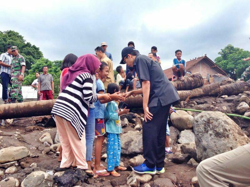 Gubernur NTB meninjau lokasi banjir di Sambelia