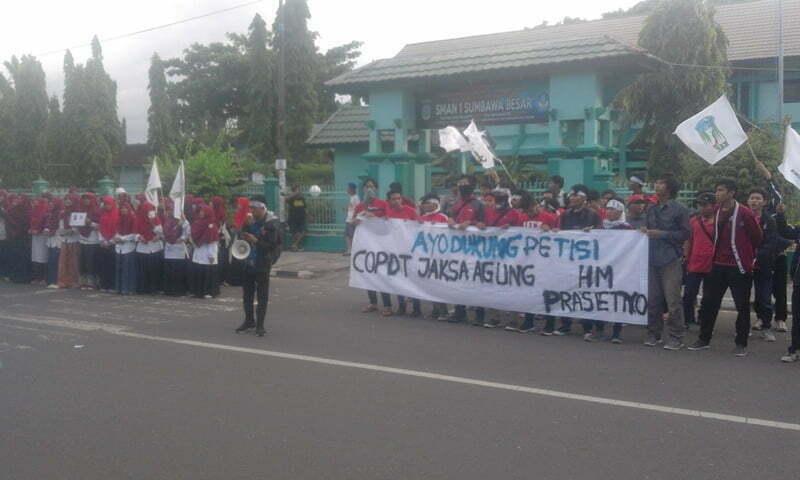 aksi Galang Petisi Copot Jaksa Agung