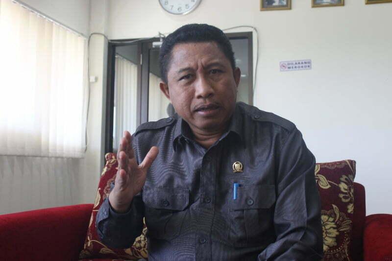 ketua DPRD Sumbawa Lalu Budi Suryata, SP