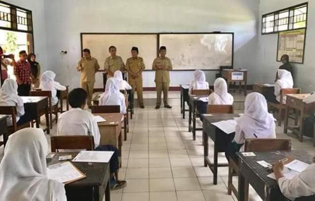 wabub KSB pantau Pelaksanaan UN di 10 Sekolah