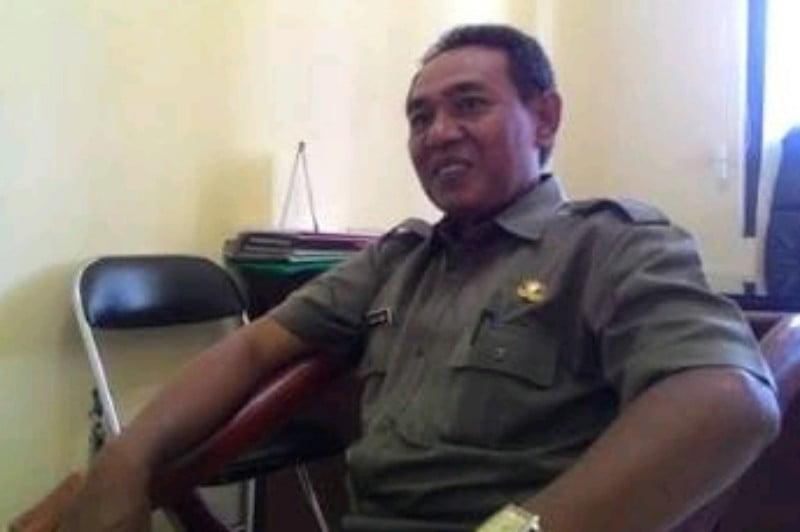 Drs. Irawan Subekti, Kapala Bagian Perekonomian