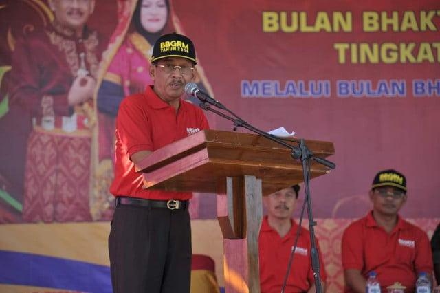 Bupati Sumbawa H. Husni Djibril, B.Sc.