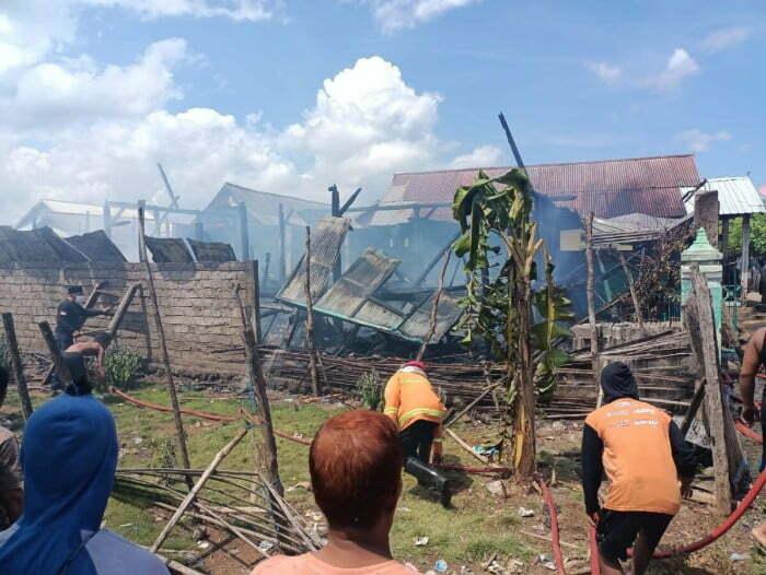 rumah terbakar Kabar Sumbawa
