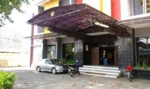 Hotel Dewi sebagai Rumah Sakit Darurat